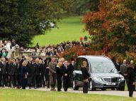 Charles et Camilla : Émus aux obsèques de la duchesse Deborah, dernière Mitford
