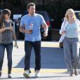 Ben Affleck emmène Jennifer Garner et sla mère de cette dernière prendre le petit déjeuner à Brentwood, le 3 octobre 2014.
