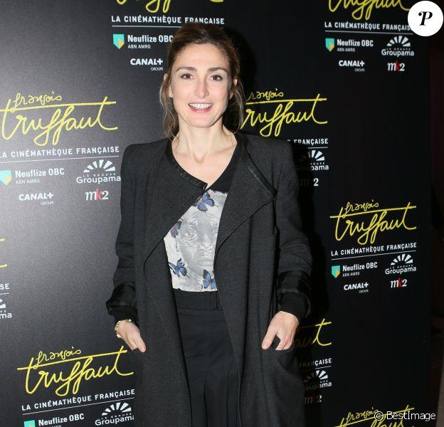 Julie Gayet lors de la visite privée de l'exposition François Truffaut à la cinémathèque de Paris, le 6 octobre 2014.