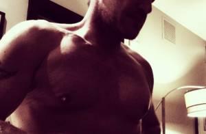Benjamin Castaldi: Selfie torse nu, rencontre avec un grand DJ, il se lâche à LA