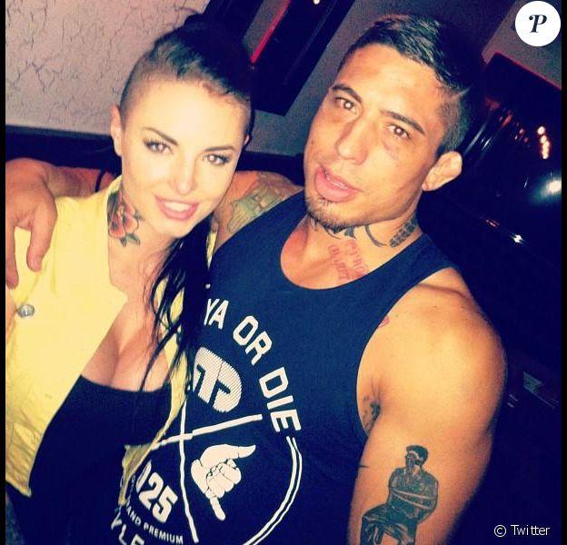 Christy Mack, star montante du X, a été gravement battue en août 2014 par son boyfriend War Machine (Jonathan Koppenhaver). Habitué des condamnations pour violences, il est en cavale et recherché par la police.