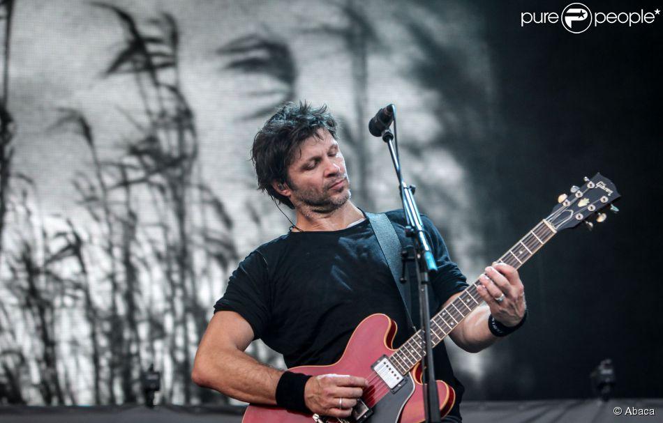 Détroit (Bertrand Cantat & Pascal Bumbert) au Festival de Dour en Belgique, le 18 juillet 2014.