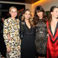 Aimee Mullins, Helena Christensen, Topaz Page-Green, Liv Tyler au Lunchbox Fund's Fall Benefit Dinner à New York le 5 novembre 2014.
