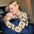 Salman Rushdie, Aimee Mullins au Lunchbox Fund's Fall Benefit Dinner à New York le 5 novembre 2014.