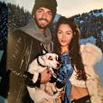 Nabilla, sans make-up, Thomas Vergara et leur chien Tito Benattia à Courchevel en mars 2014