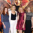"""Jennifer Lawrence, Elizabeth Banks, Julianne Moore, Natalie Dormer au photocall du film """"The Hunger Games : Mockingjay - part 1"""" (Hunger Games - La Révolte : Partie 1) à Londres, le 9 novembre 2014."""