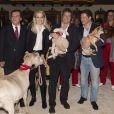 Michael Aufhauser, Kathrin Glock, Hugh Grant, Francis Fulton Smith - Inauguration du marché de Noël à Salzbourg en Autriche le 11 novembre 2014.