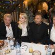Alain Delon, Kathrin Glock, Franco Nero, Hugh Grant - Inauguration du marché de Noël à Salzbourg en Autriche le 11 novembre 2014.