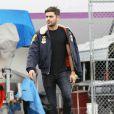 Exclusif - Zac Efron accompagné de sa petite amie   Sami Miro chez un concessionnaire automobile à Cerritos, le 11 novembre 2014.