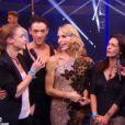 Adeline Blondieau et Bénédicte Delmas sont venues encourager leur amie Tonya Kinzinger dans Danse avec les stars 5 sur TF1. Octobre 2014.