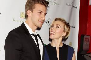 Scarlett Johansson : Complice avec son jumeau Hunter, la jeune maman rayonne !
