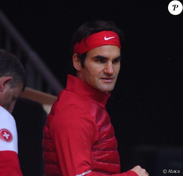 Roger Federer lors de l'entraînement de l'équipe de Suisse avant la finale de la Coupe Davis au stade Pierre-Mauroy de Lille, le 19 novembre 2014