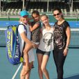 Martina Navratilova accompagnée de sa fiancée Julia Lemigova et de ses deux filles, Victoria et Emma, lors du 25e Chris Evert / Raymond James Pro-Celebrity Tennis Classic au Delray Beach Tennis Center de Delray Beach, le 23 novembre 2014