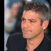 George Clooney en jupe romaine et armure de César: Son sex-appeal au top !