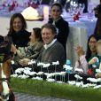 Marion Cotillard complice et tendre avec son fils Marcel au quatrième jour des Gucci Paris Masters 2014 à Villepinte le 7 décembre 2014