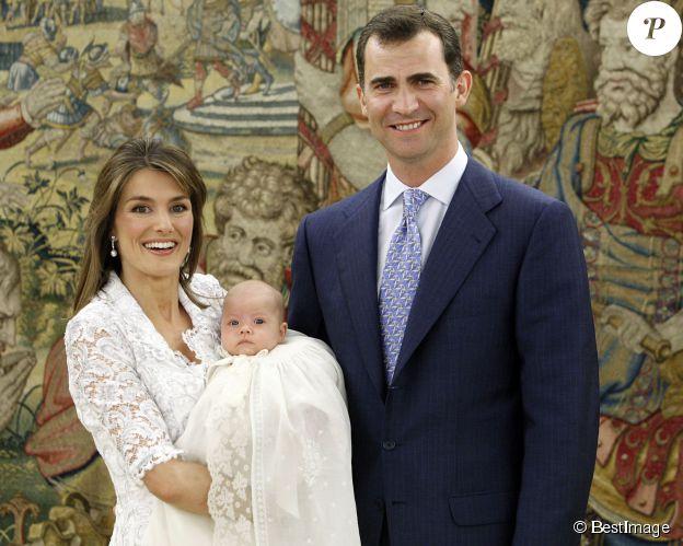 Letizia, Felipe et leur fille Sofia le 15 juillet 2007 à Madrid. ©BESTIMAGE