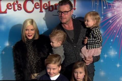 Tori Spelling en famille face à la belle Tiffani Thiessen pour Mickey & co
