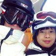 Laeticia Hallyday et sa fille skient à Gstaad, décembre 2014.