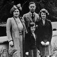 Le roi George VI, la reine mère et leurs filles les princesses Margaret et Elizabeth, future reine Elizabeth II, en 1938