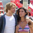 """Daniela Ruah et Eric Christian Olsen sur le tournage de """"NCIS : Los Angeles"""" le 18 septembre 2013."""
