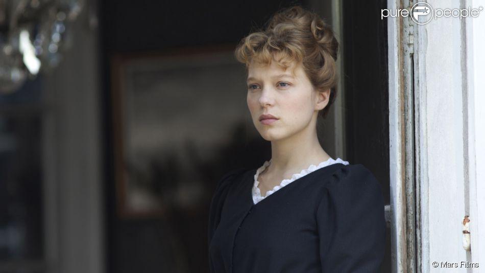 Léa Seydoux se dévoile dans Journal d'une femme de chambre, film de Benoît Jacquot prévu pour le 1er avril 2015.