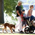 Gisele Bündchen, Tom Brady et leurs enfants John, Benjamin et Vivian à Boston, le 23 août 2014