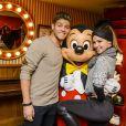 Rayane Bensetti et Denitsa Ikonomova ont passé une journée inoubliable au parc Disneyland à Marne-la-Vallée. Janvier 2015.