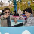 Rayane Bensetti et la danseuse Denitsa Ikonomova ont passé une journée inoubliable au parc Disneyland à Marne-la-Vallée. Janvier 2015.