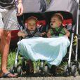 Les jumeaux de Chris Hemsworth et Elsa Pataky,Tristan et Sasha, à Byron Bay, Australie, le 21 décembre 2014.