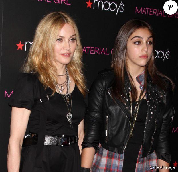 Madonna et sa fille Lourdes présentent leur collection Material Girl à New York, le 22 septembre 2010.