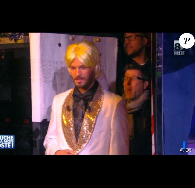 M. Pokora, déguisé en Claude François sur le plateau de Touche pas à mon poste, le lundi 2 février 2015 sur D8.