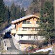 Exclu - Le chalet de Johnny et Laeticia Hallyday à Gstaad est en vente pour 9,5 millions d'euros. Ici photographié pendant leur aménagement le 21 décembre 2006.