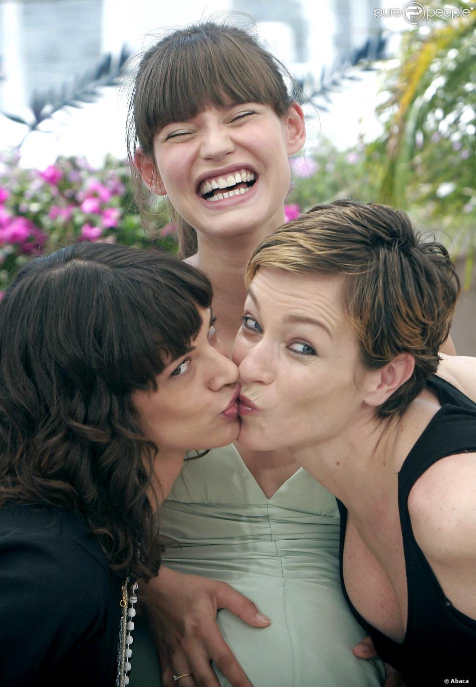 lesbiennes baisers photos