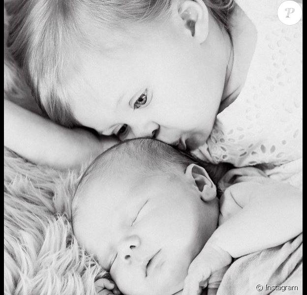 Hutton et Kenzie, les enfants de Beverley Mitchell le 10 février 2015