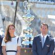 Kate Middleton avec Sir Ben Ainslie le 10 juin 2014 lors du lancement de la candidature britannique pour la 35e Coupe de l'America