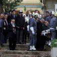 Isabelle Hanin, Alexandre Arcady, quelques politiques et des amis d'enfance aux aux obsèques de Roger Hanin au cimetière israélite de St Eugene à Alger, le 13 février 2015.