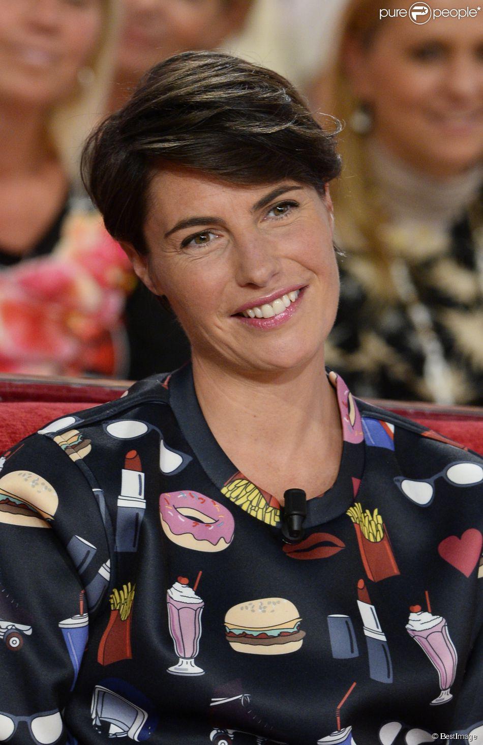 """Alessandra Sublet - Enregistrement de l'émission """"Vivement dimanche"""" à Paris le 29 octobre 2014."""
