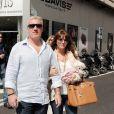 Didier Deschamps et son épouse Claude, rencontrée il y a près de 25 ans, lors d'une promenade à Cannes, le 5 avril 2011.