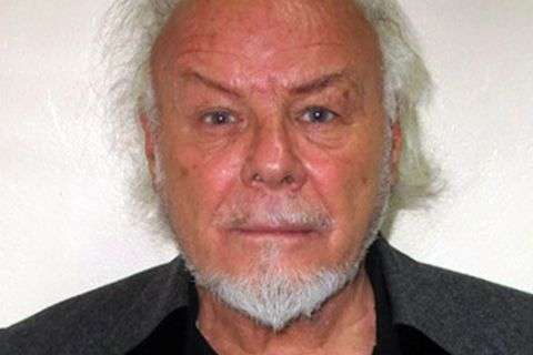 Gary Glitter : 16 ans de prison pour l'ex-popstar pédophile