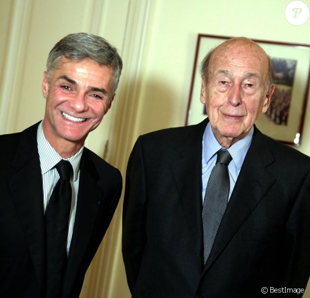 Exclusif - Interview de Valéry Giscard d'Estaing par Cyril Viguier, dans les bureaux de l'ancien président de la République, à Paris le 26 février 2015.