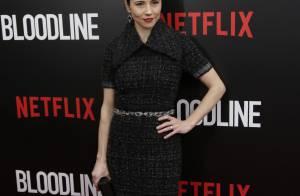 Linda Cardellini très élégante pour la première de Bloodline devant Sissy Spacek