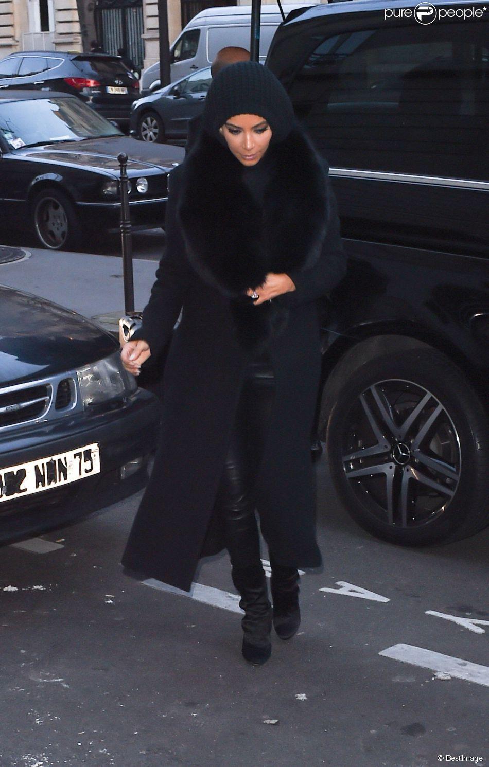 Kim Kardashian arrive au Royal Monceau à Paris, le 4 mars 2015.