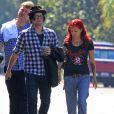 Exclusif - Jackson Rathbone et sa femme Sheila Hafsadi se promenent avec des amis a Los Angeles. Le 2 octobre 2013