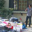 Exclusif - Jackson Rathbone et sa femme Sheila Hafsadi decouvrent un sacre desordre, des locataires precedents, lorsqu'ils arrivent a leur nouvelle maison a Sherman Oaks. Le 2 octobre 2013