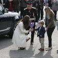 La duchesse de Cambridge, enceinte, en visite le 12 mars 2015 aux studios Ealing à Londres, où est tournée la série Downton Abbey.