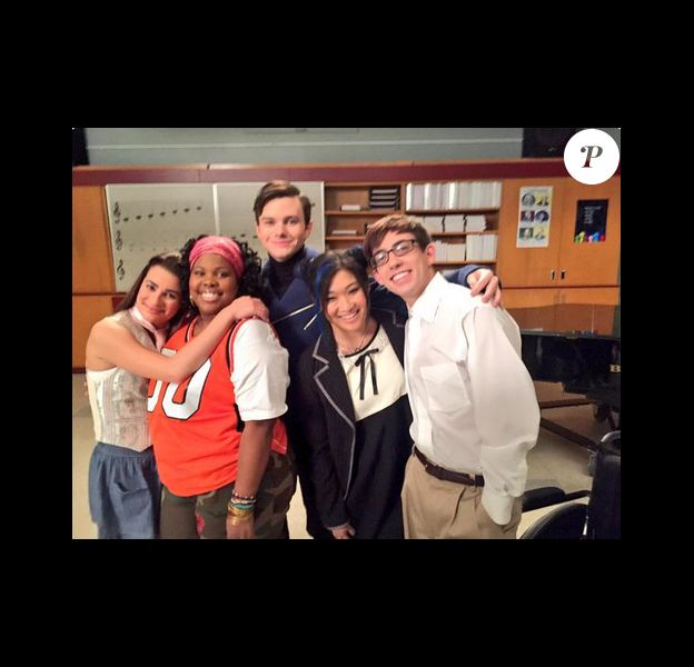Lea Michele a posté sur Twitter cette photo quelques instants après la diffusion du dernier épisode de la série Glee, le vendredi 20 mars 2015.