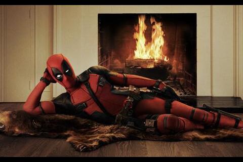 Ryan Reynolds dévoile ses muscles pour Deadpool, Blake Lively se fait coquine