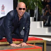 Vin Diesel, honoré devant sa famille, ne peut cacher son émotion...