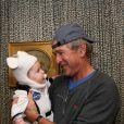 George W. Bush et sa petite-fille Mila, le 1er novembre 2013.