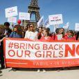 Valérie Trierweiler pour le rassemblement au Champ-de-Mars à Paris le 14 Avril 2015 pour les 219 lycéennes enlevées par Boko Haram il y a un an.